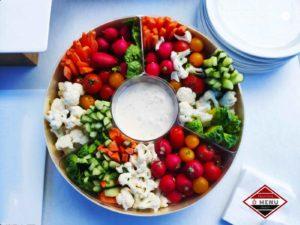 Buffet froid bannières de crudités jolies couleurs de saison